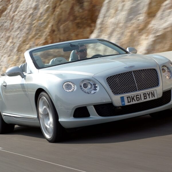 Bentley GTC debut at Qatar Motor Show
